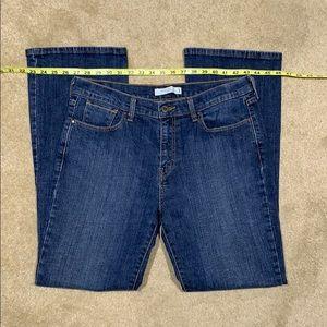 Levi's women's boot cut 515